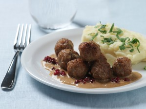 Food industry_Image bank Swe daniel_herzell-swedish_meatballs-6091